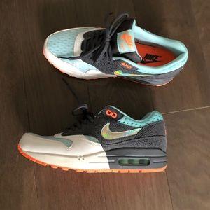 Nike Air Max 1 PRM Size 8.5
